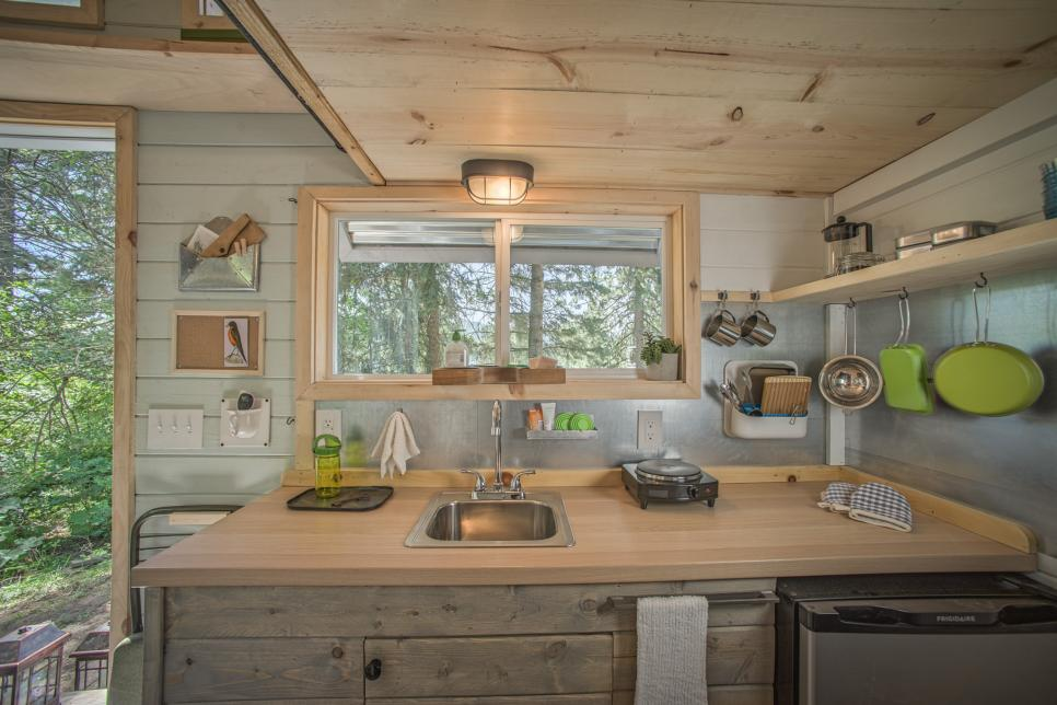 Tiny Home Designs: 20 Tiny House Design Hacks