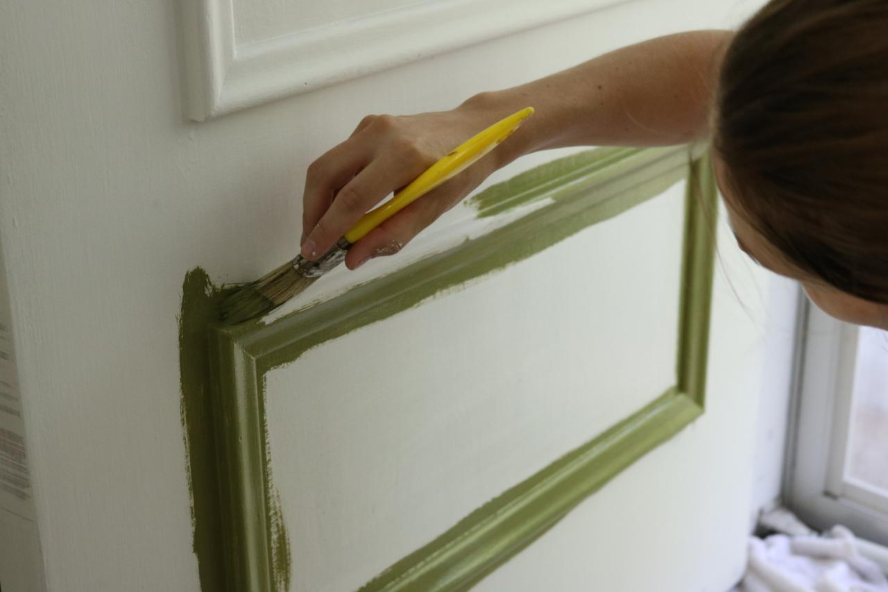Learn how to paint your front door how tos diy for How to spray paint doors