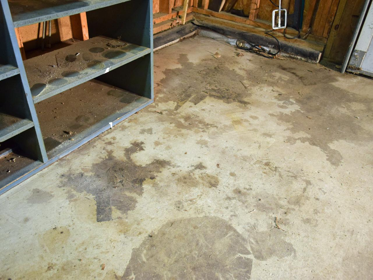 Floor Paint Ideas How To Paint A Garage Floor With Epoxy  Howtos  Diy