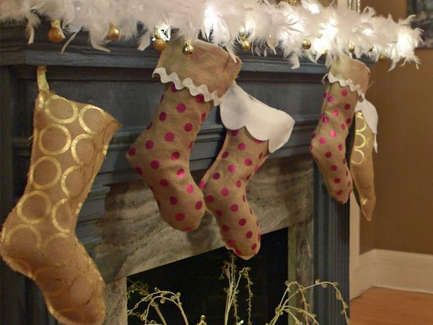 How To Make A No Sew Burlap Christmas Stocking How Tos Diy