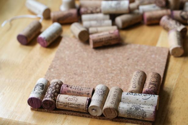 Assemble the Wine Cork Trivet