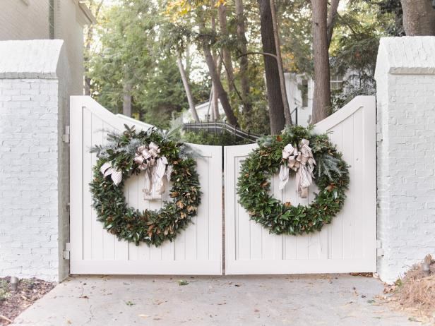 Large Magnolia Wreaths