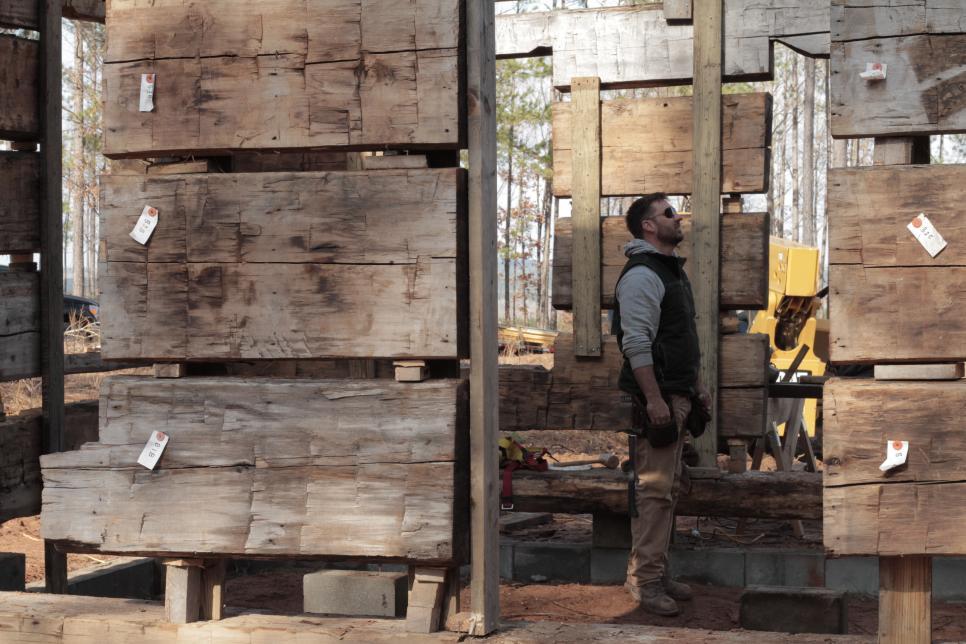 Diy Network S Barnwood Builders Behind The Scenes