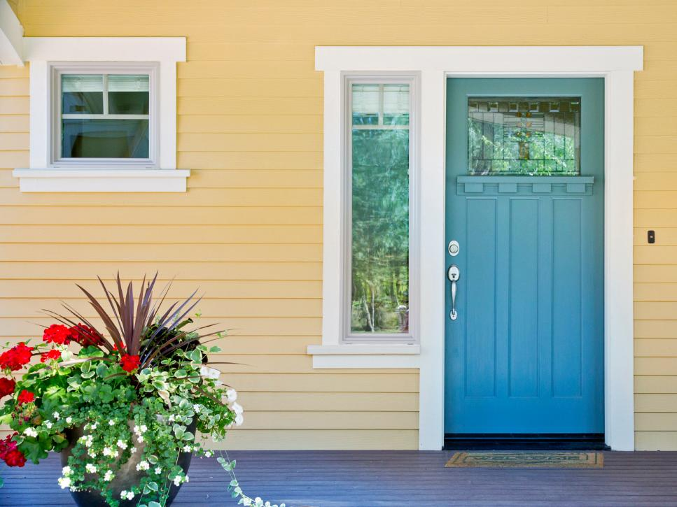 6 ways to get instant curb appeal for less than 100 diy for Small exterior doors