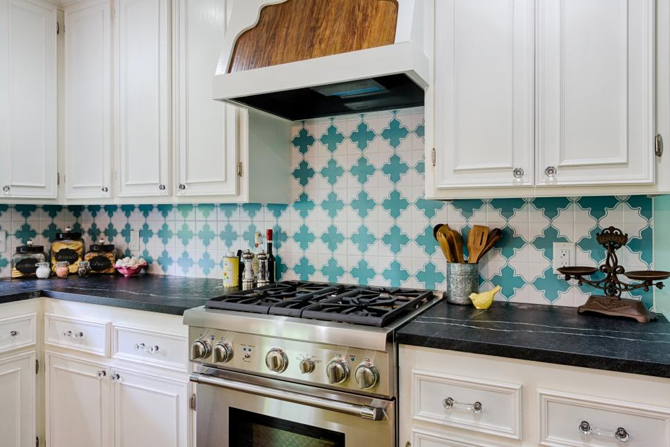Our Favorite Kitchen Backsplashes