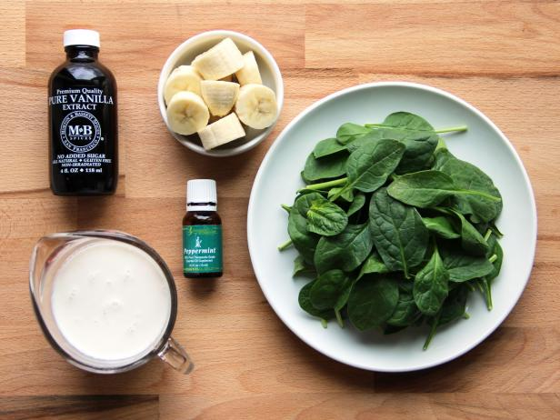 How To Make A Healthy Shamrock Shake
