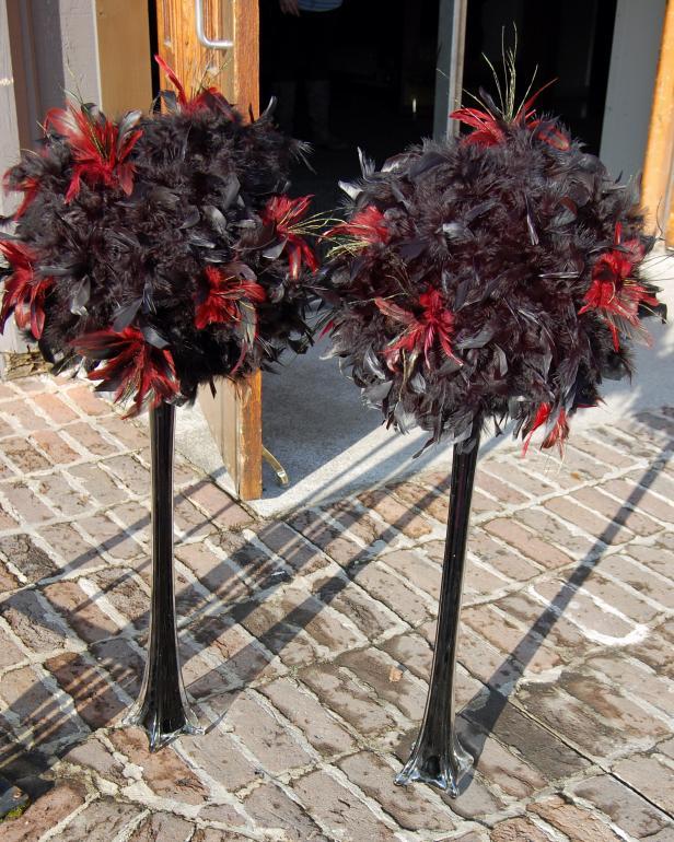 Masquerade Masks Decorations Ideas: Ideas For Throwing A Mardi Gras Masquerade Party