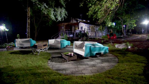Backyard drive in theater video diy for Diy backyard theater seats