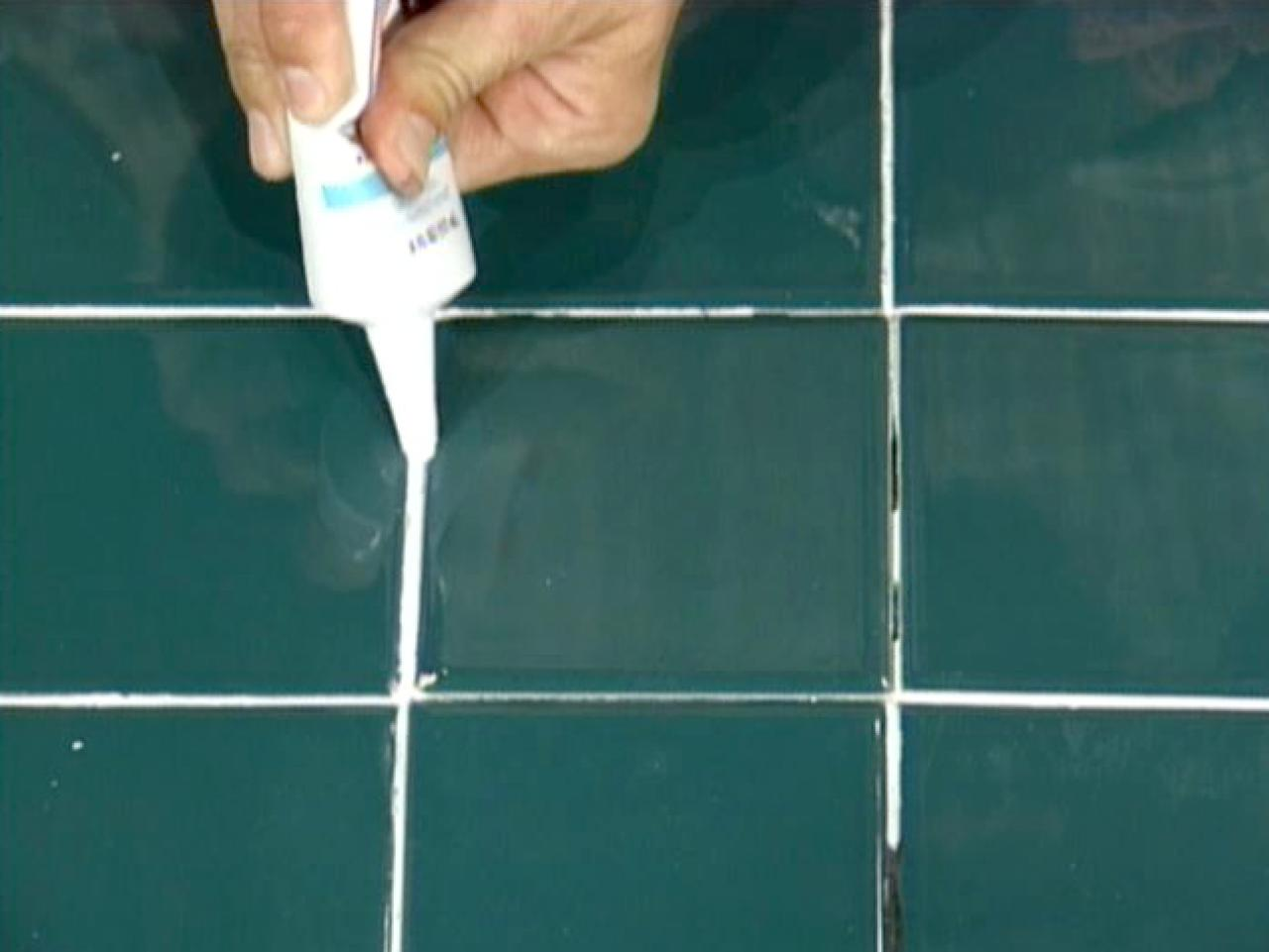 How to Repair Cracked Tiles | how-tos | DIY