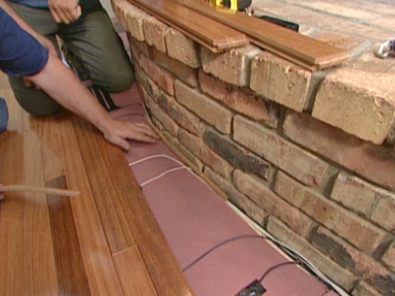 Best way to clean hardwood floors without streaking meze for Best way to clean laminate floors without leaving streaks
