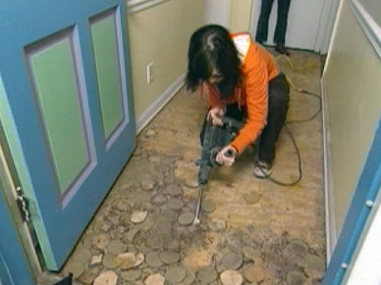 How to install linoleum flooring how tos diy remove old flooring dailygadgetfo Choice Image