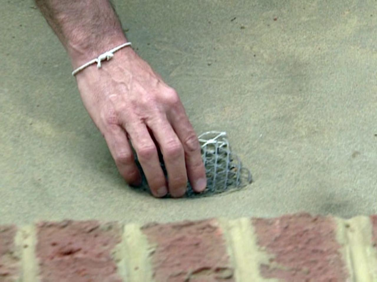 Wire Mesh Squares Over Drain Prevent Clogs