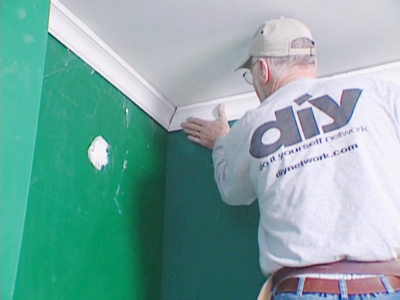 How To Install Crown Molding Tos