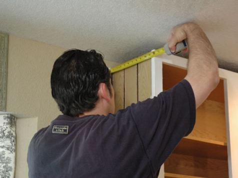 How to Install Crown Molding in a Kitchen