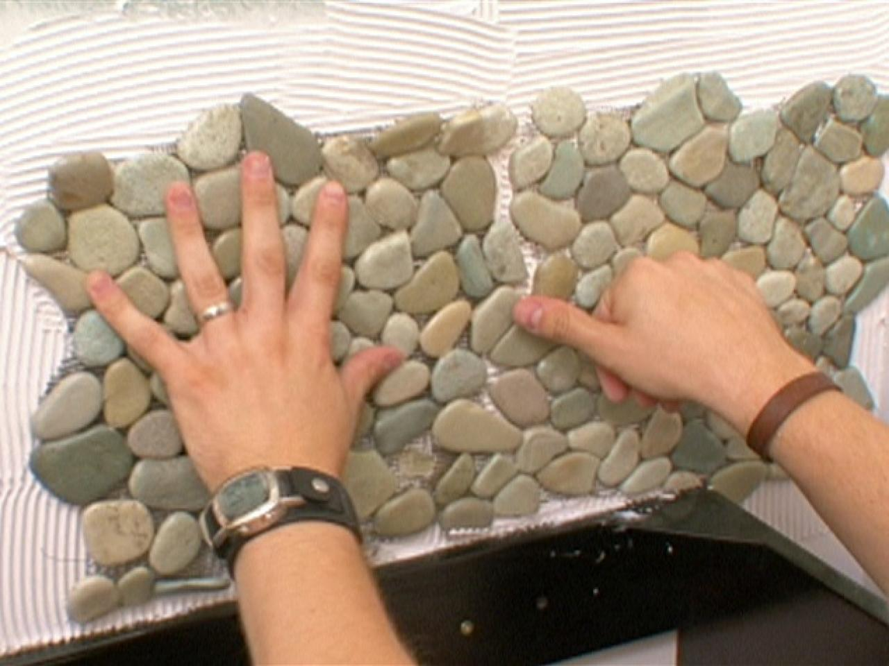 How to Apply Pebble Tile on a Wall | how-tos | DIY