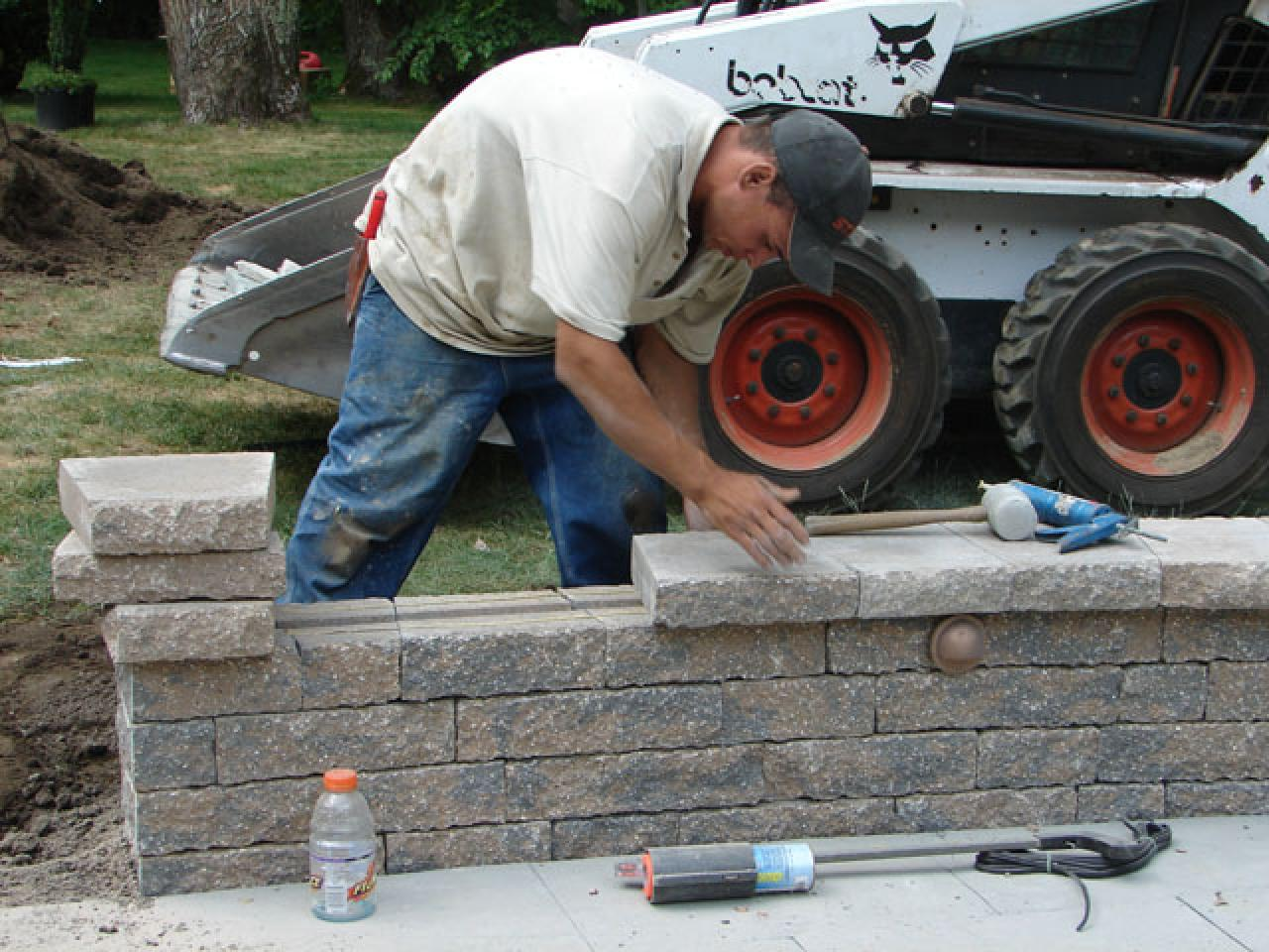 How To Build A Kidney Shaped Patio And Sitting Wall How