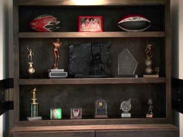 Dmcv112 Trophy Case After