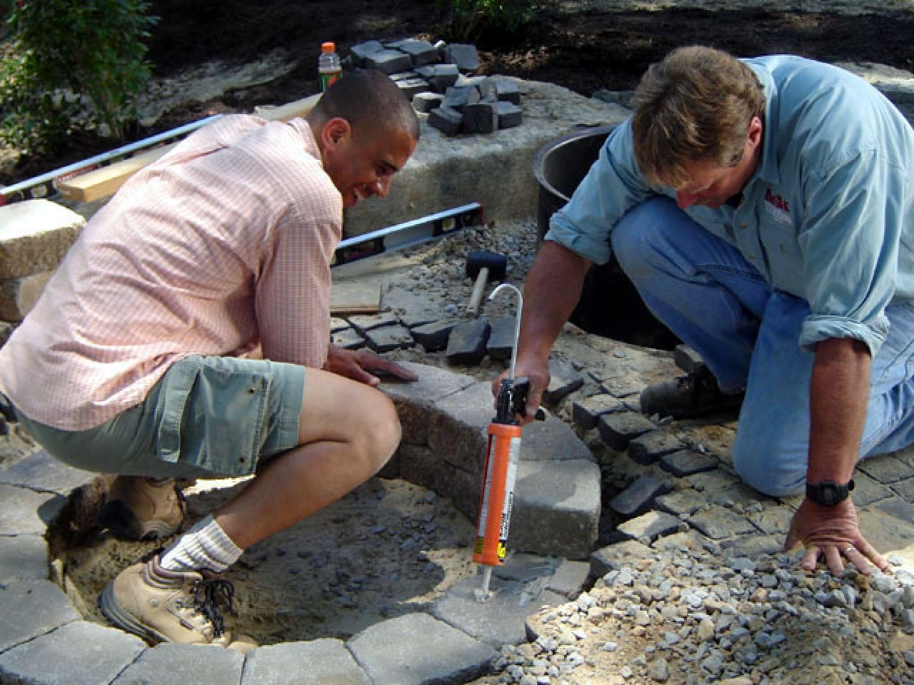Homemade Fire Brick Mortar : How to build a round stone fire pit tos diy
