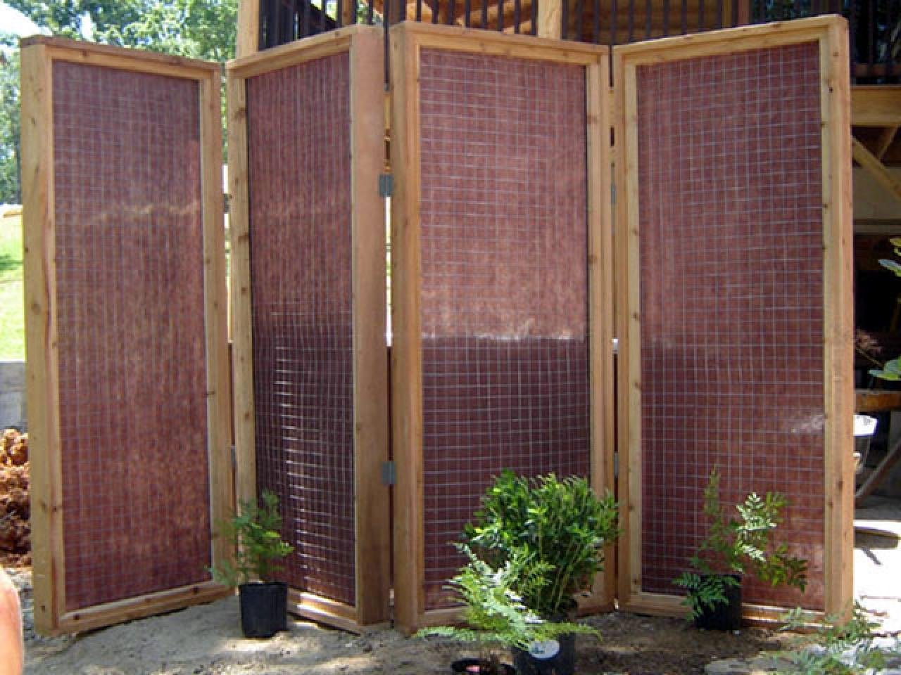 How to build a privacy screen for an outdoor hot tub how for Tall outdoor privacy screen panels