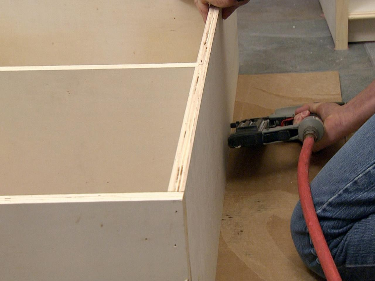 How To Build A Bookcase How Tos Diy