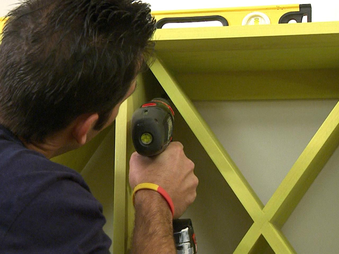 How To Build A Wall Mounted Wine Rack How Tos Diy