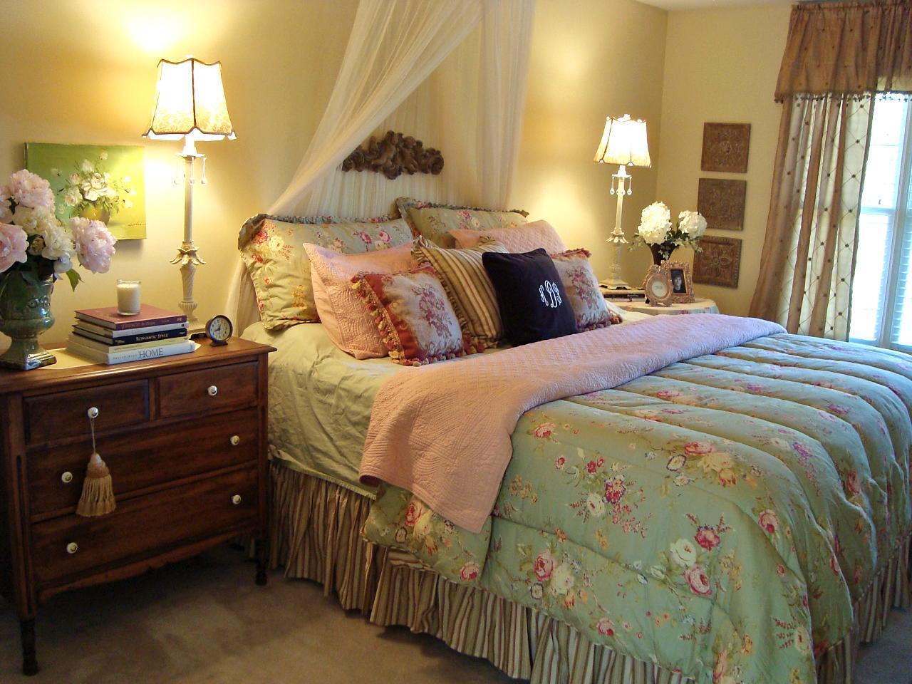 romantic cottage style tone down a sweet feminine room ...
