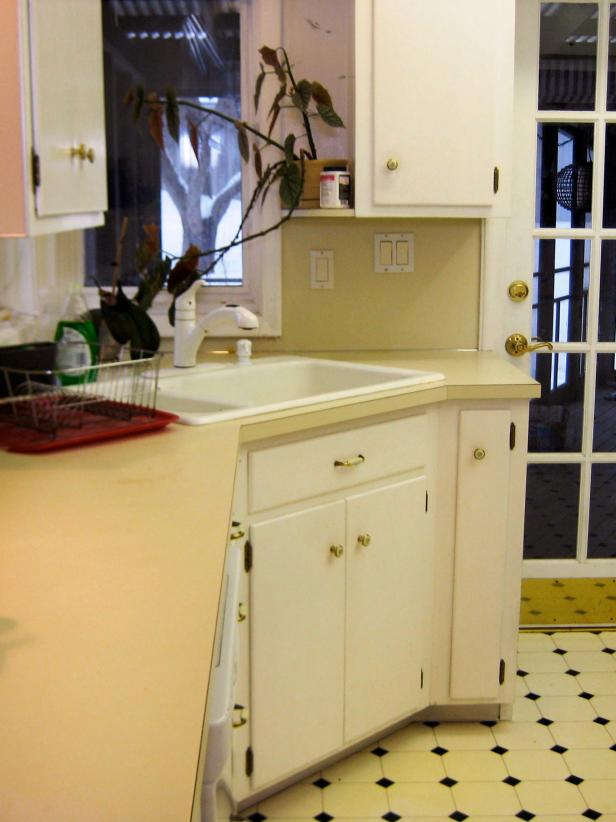 Budget-Friendly Before-and-After Kitchen Makeovers | DIY