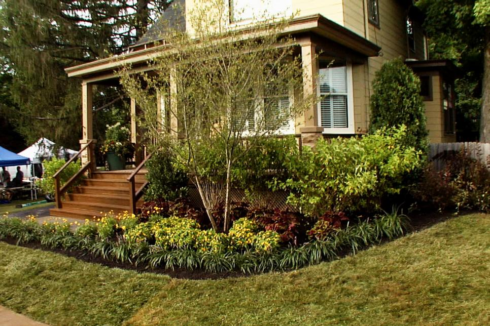 Front yard landscaping ideas diy for Craftsman landscape design ideas