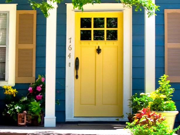 Quiz: What Color Should Your Front Door Be? | HGTV