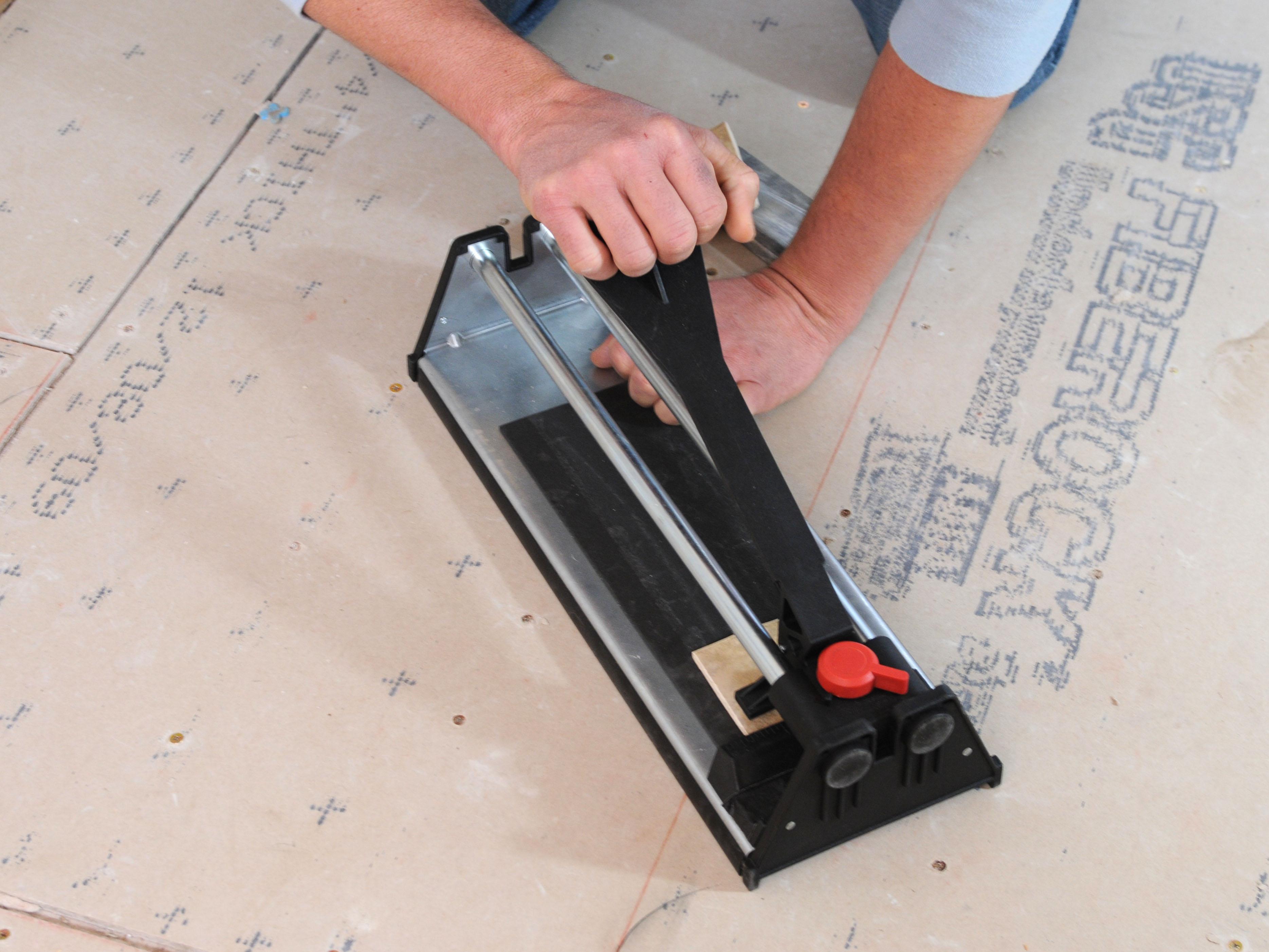 Fine 12 Ceramic Tile Huge 1X2 Subway Tile Round 2 X 8 Subway Tile 2X2 Ceiling Tile Old 2X4 Subway Tile Bright3 Tile Patterns For Floors Laying A New Tile Floor | How Tos | DIY