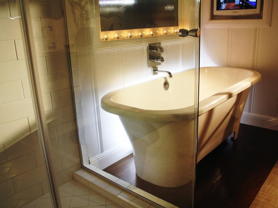 Amazing Tubs And Showers Seen On Bath Crashers DIY - Bathroom with jacuzzi and shower designs