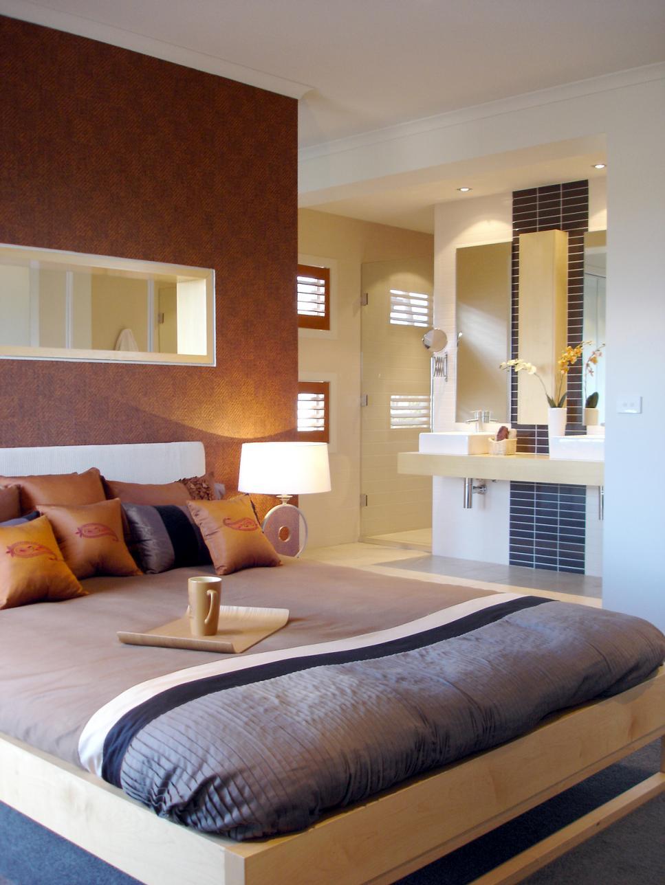 Bedroom With Bathroom: 12 Cozy Guest Bedroom Retreats