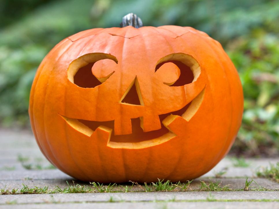 22 traditional pumpkin carving ideas diy rh diynetwork com ideas for pumpkin carving cat ideas for carving pumpkin faces