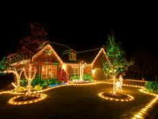 outdoor christmas lighting tips - How To Decorate A Ranch Style Home For Christmas