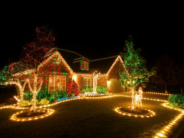 stunning christmas light display - Exterior Christmas Decorating Ideas