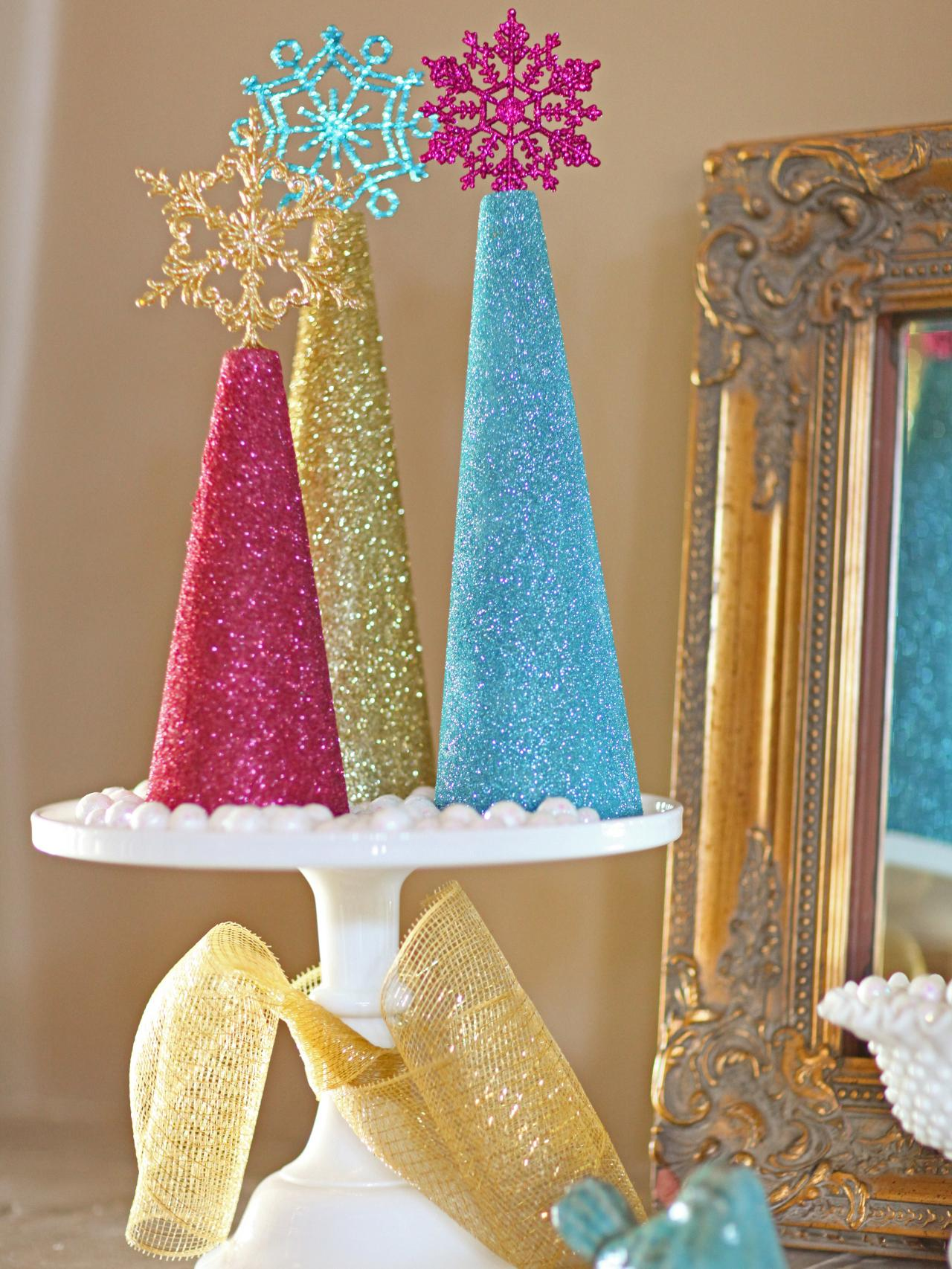 How to make glitter christmas tree decorations how tos diy Small christmas centerpieces
