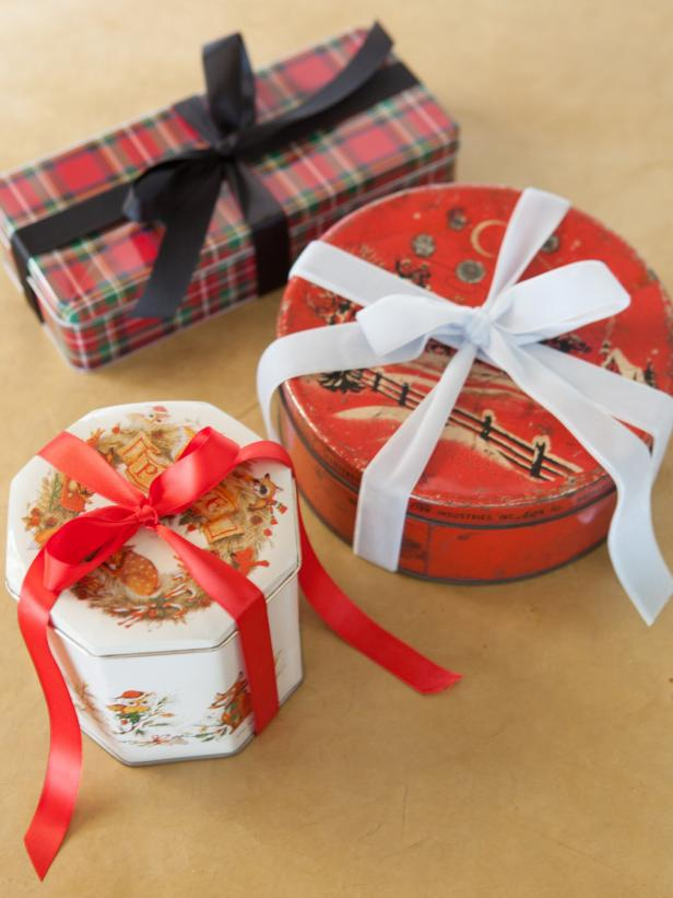 Christmas Gift Wrap Cookie Tins