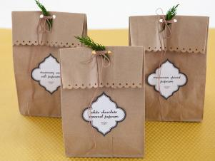 Holiday Popcorn Gift Bags