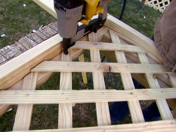 Installing Deck Lattice | how-tos | DIY