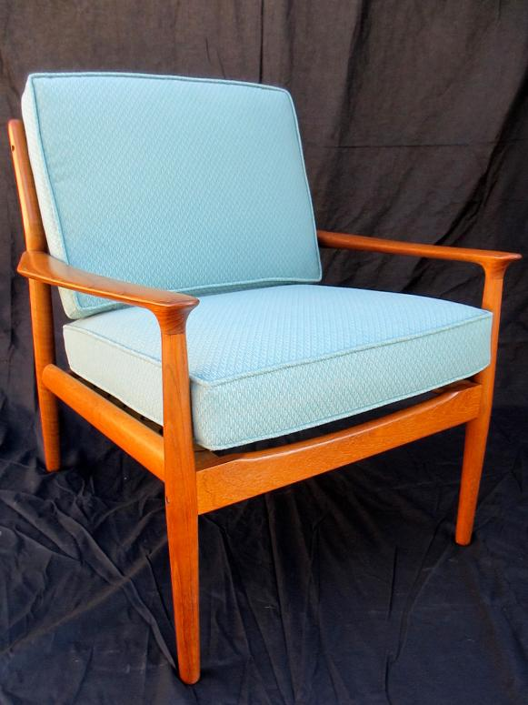 Chairs Furniture Refinishing Styles. Original Mid Century  Mod Chair_After_s3x4