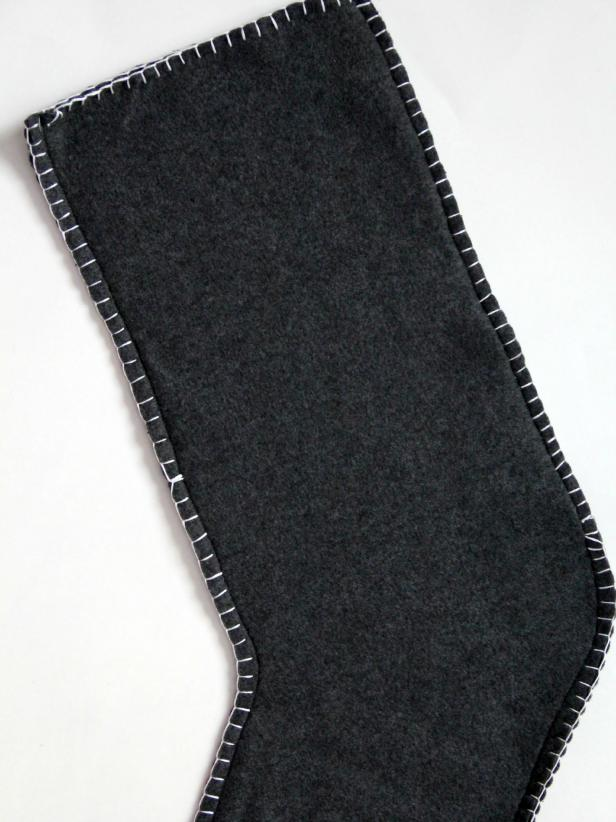 CI-Jess-Abbott_Fleece-Christmas-Stocking-finished-blanket-stitch-step6_v