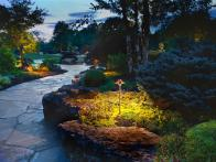 CI-kichler-lighting_lighted-landscape-path3_s4x3
