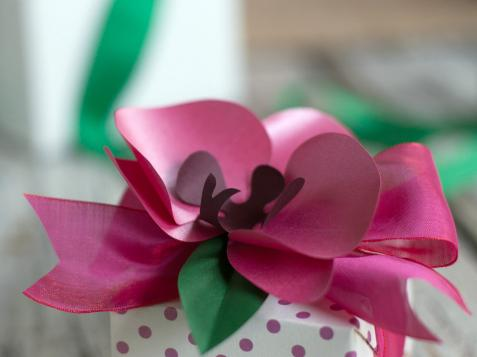 How to Make Tropical Paper Orchids