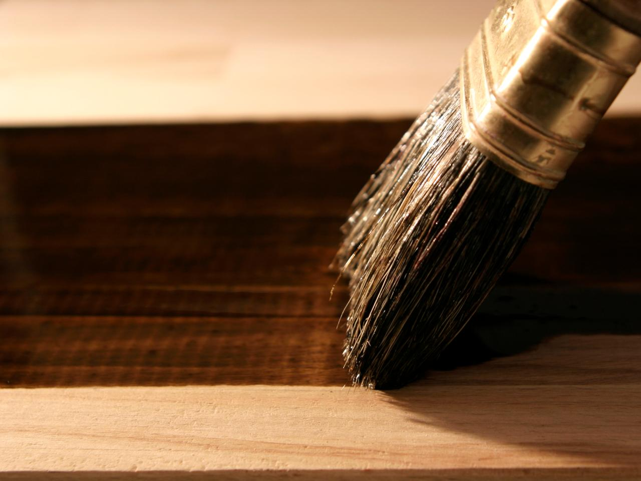 Woodworking FAQ: Clear Finishes | DIY
