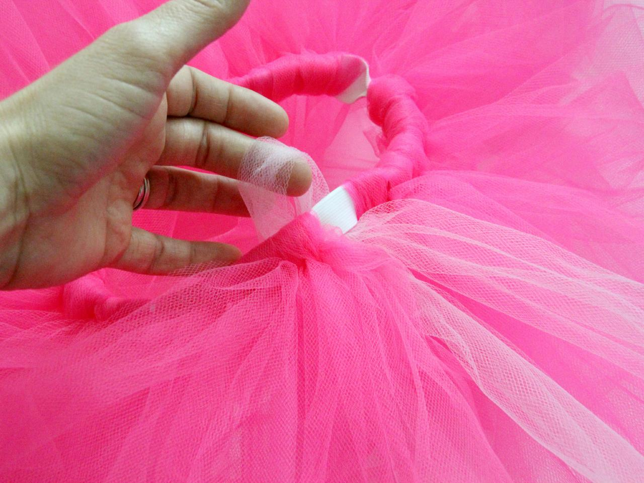 How to make a classic tulle tutu how tos diy step 5 solutioingenieria Images