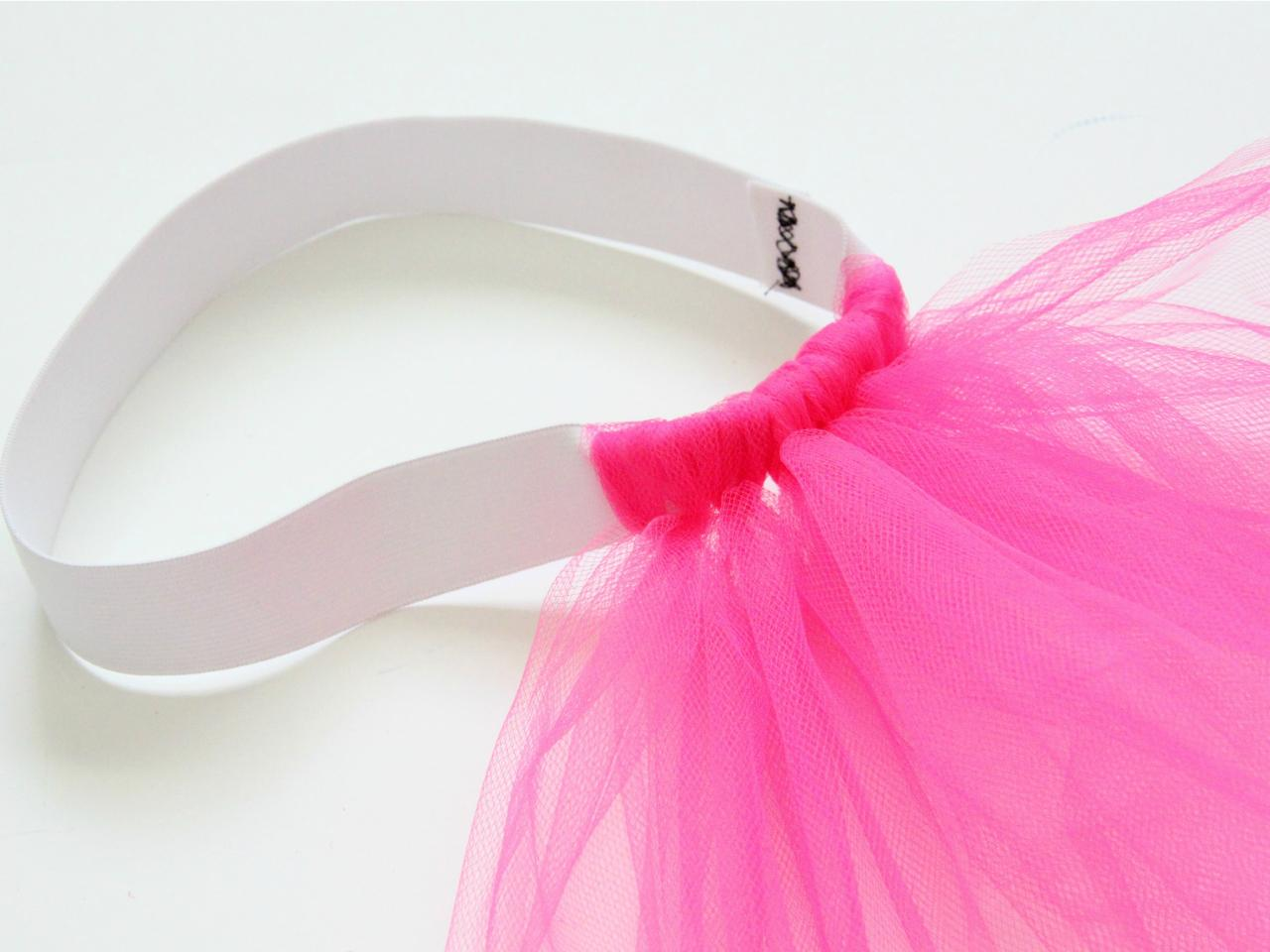 How to make a classic tulle tutu how tos diy step 4 solutioingenieria Images
