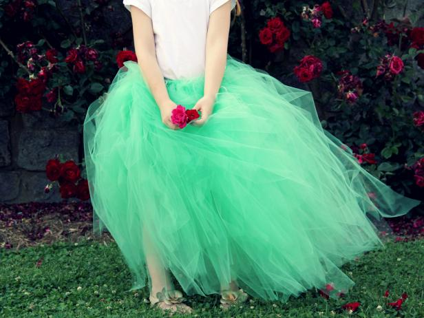 CI-Jess-Abbott_Tulle-Tutu-little-girl_4x3
