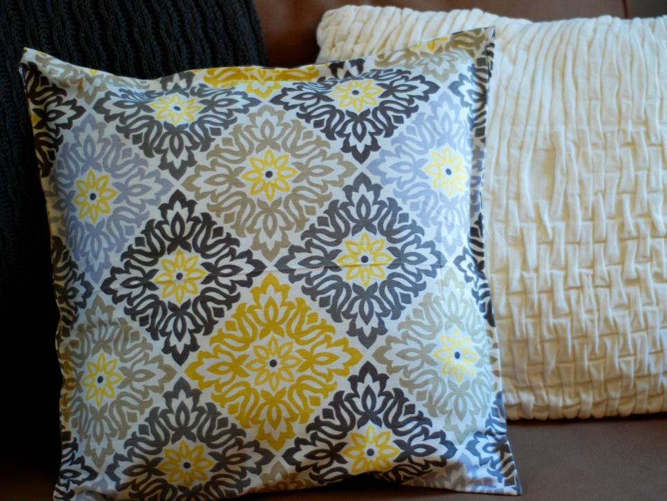 Simple Sew and No-Sew Pillows, Cushions and Toys | DIY