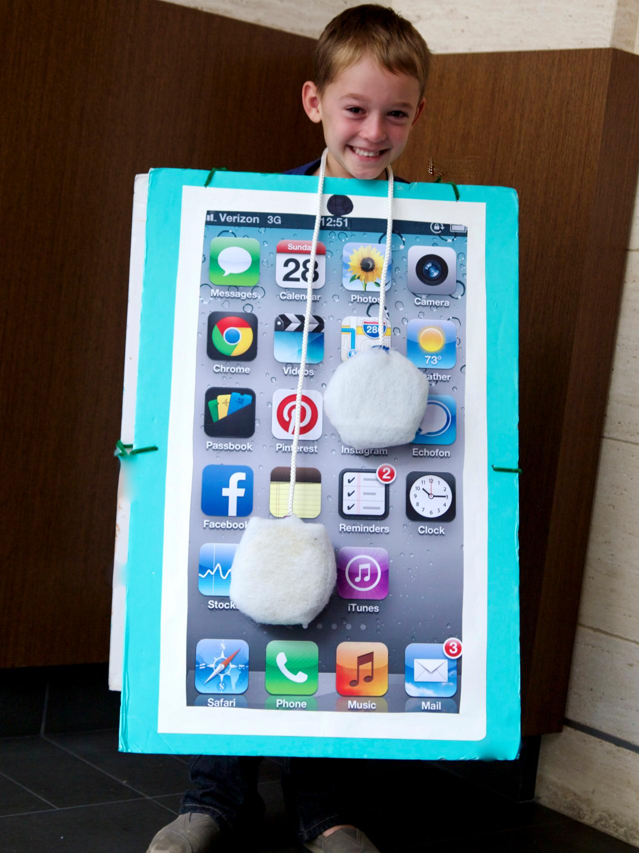 Desktop Toys For Grown Ups : How to make a diy smartphone halloween costume for kids
