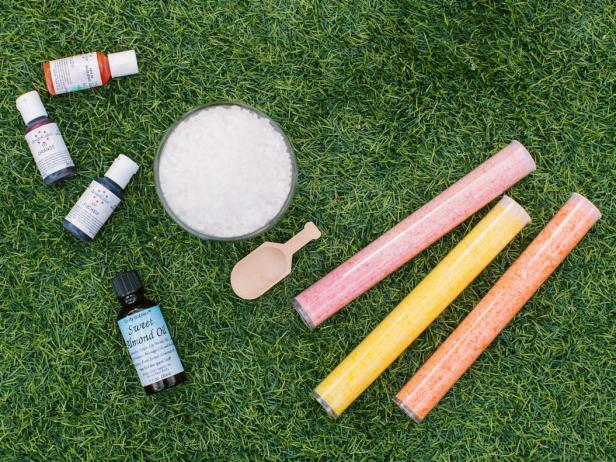 CI-Rennai-Hoefer_almond-bath-salts-tools-materials_h